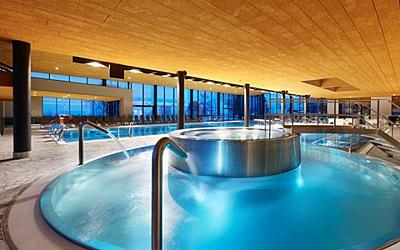 Swimming pools and wellness centres in val di fiemme - Piscina di cavalese ...